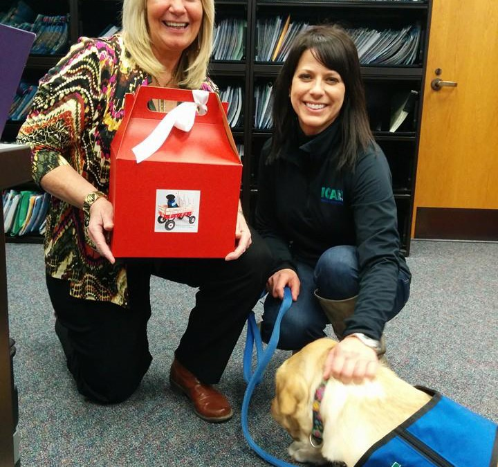 CASA Helps Deliver Puppy Love Valentines to County Employees